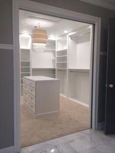 Begehbarer Kleiderschrank Cabinet Inspiration love the chest of drawers in the closet Cabinet Inspir Master Closet Design, Walk In Closet Design, Master Bedroom Closet, Closet Designs, Kids Bedroom, Diy Walk In Closet, Master Room, Bedroom Wardrobe, Master Bathrooms