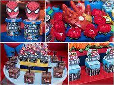 Os Personagens Da Festa Super-heróis Fizeram Uma Entrada Triunfal. As Crianças Ficaram Em Êxtase!