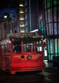 Red car trolley DCA