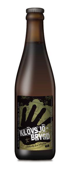 Klövsjöbryggd Öl / Bryggeriets mörka lättöl. Ett försök till en modern svagdricka, d.v.s inte sötad med sackarin utan med naturligt dextrin. Fungerar både vinter- och sommartid. För den bilburne och ölkräsne.