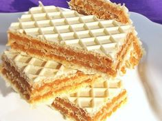 Karamel oblatne – Recepti sa slikama – Sve na jednom mjestu Chef Recipes, Cookbook Recipes, Sweets Recipes, Cooking Recipes, Romania Food, Romanian Desserts, Good Food, Yummy Food, Wafer Cookies
