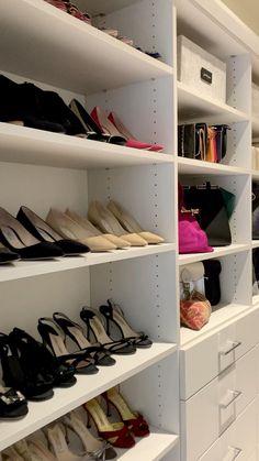 Closet Bedroom, Closet Space, Walk In Closet, Bedroom Decor, Shoe Storage Rack, Closet Storage, Closet Organization, Modern Kitchen Design, Modern House Design