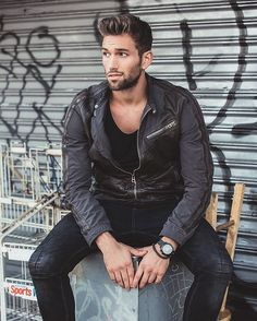 #FavoBoys   #Nick  Follow @nickjdavis  #favoboy #boy #guy #men #man #male #handsome #dude #hot #cute #cuteboy #cuteguy #hottie #hotboy #hotguy #beautiful #instaboy #instaguy  ℹ Also follow @FavoBoys