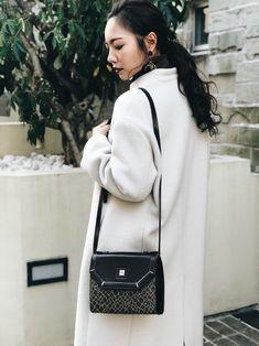 Shoulder Bag, Bags, Outfits, Fashion, Handbags, Moda, Suits, Fashion Styles, Shoulder Bags