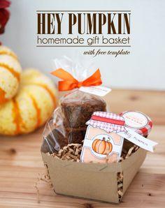 Pumpkin Gift Basket with Free Berry Basket Template Hey Pumpkin Homemade Gift Basket Pattern to create berry baskets! Homemade Gift Baskets, Holiday Baskets, Gift Baskets For Men, Themed Gift Baskets, Raffle Baskets, Homemade Gifts, Cute Pumpkin, Pumpkin Boo, Pumpkin Spice