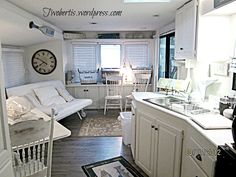 You want the decor to evoke the idea of your theme and beach themed decor usually looks worn and faded. Description from mobilehomeliving.org. I searched for this on bing.com/images