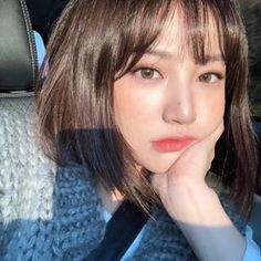 asian, korean, and ulzzang 이미지 Ulzzang Short Hair, Korean Short Hair, Ulzzang Korean Girl, Cute Korean Girl, Asian Girl, Korean Beauty, Asian Beauty, Uzzlang Girl, Girl Short Hair