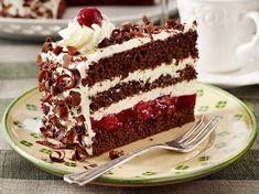 Gourmet Recipes, Baking Recipes, Dessert Halloween, Naked Cakes, Black Forest Cake, Love Eat, Macaron, Savoury Cake, Clean Eating Snacks