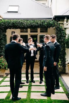 must have wedding photos groom and groomsmen before ceremony drinks time rachel kara