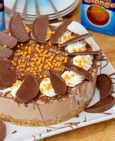 Biscoff Rocky Road! - Jane's Patisserie Chocolate Orange Cheesecake, Chocolate Orange Cookies, Coconut Hot Chocolate, Homemade Chocolate, Rolo Cheesecake, Cheesecake Bites, Caramac Cheesecake, Orange Cheesecake Recipes, Mini Dessert Recipes