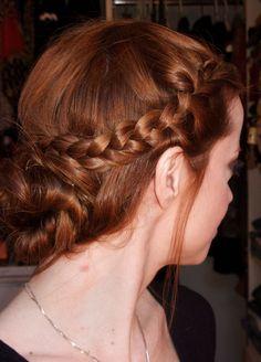 Pinterest: DEBORAHPRAHA ♥ Julia Petit beautiful red hair and side braid + bun hairdo