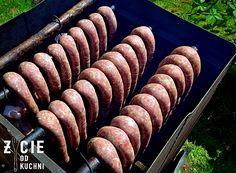 wedzona kielbasa domowa Kielbasa, Homemade Sausage Recipes, Smokehouse, Polish Recipes, Smoking Meat, Charcuterie, The Cure, Peta, Food