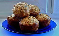 Celozrnné muffiny s jablkami a sušenými slivkami