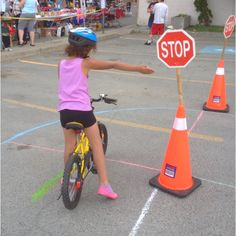 A child learning about cycling safety at Rainbow Routes Association's first Bike Safety Rodeo. Primary Activities, Scout Activities, Obstical Course For Kids, Car Racing For Kids, Bicycle Birthday Parties, Scout Bike, Kids Cycle, Kids Obstacle Course, Safety Courses