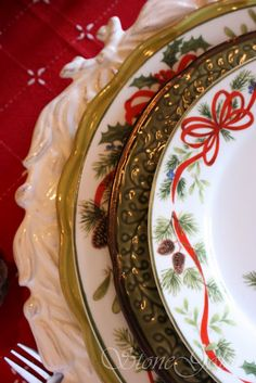 StoneGable: Christmas Tablescape