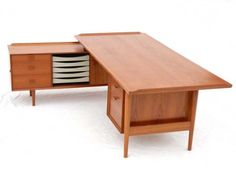 Arne Vodder L Shaped Desk.