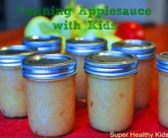 Great fall activity to do with kids!  Make your own all-natural applesauce to eat all Winter long. From Super Healthy Kids #apples #applesauce