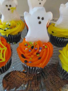 All That Glitters: Ghost Peep Cupcakes