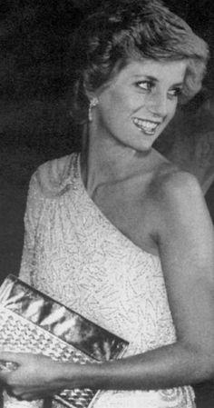 November 11, 1985: Princess Diana at a gala dinner at the National Gallery of Art in Washington, DC.