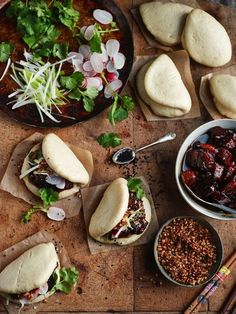 Learn what are Chinese Meat Food Preparation I Love Food, Good Food, Yummy Food, Tasty, Asian Street Food, Taiwan Food, Steamed Buns, Asian Cooking, Aesthetic Food