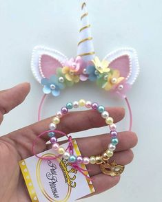 Unicorn Party: 25 Incredible Inspirations to Surprise Guests - - Unicorn Themed Birthday, Unicorn Crafts, Unicorn Headband, Partys, Party Activities, Fun Crafts For Kids, Princess Party, Birthday Party Decorations, First Birthdays