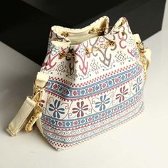 Новый 2016 Высокое качество женские 2 цвета искусственная кожа шнурок ковша сумки дамы сумка ведро мешок бесплатная доставка купить на AliExpress