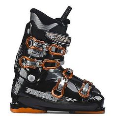 Scarponi sci Skiboot All Mountain TECNICA MEGA +8 MP 31 season 2014/2015 MP 31 - EU 47 TECNICA MEGA +8 MP 31   For beginner skiers who demand the utmost in comfort, the   Mega+ 8 Ski Boots are the ideal boot to get you out there. 104 mm  forefoot width is roomy and comfortable so you don't have to worry about  your feet being stuck in 'foot jail'. Four buckles allow for a dialed  fit for control while the 60 flex is forgiving and allows you to get a  feel for edge