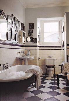 Resultado de imagen de baños retro y vintage