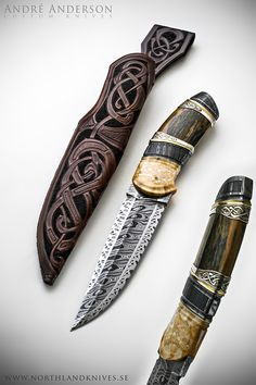 Beyond Midgård by Andre Andersson  Total length: 26,5cm  Handle length: 12,5 cm  Bladesteel: Uddeholm 15N20, Uddeholm 15LM  Blade: 3 bar damascus.  Handle: Fossil walrus bolster, fossil mammoth, etched 925 silver with gold plated details.
