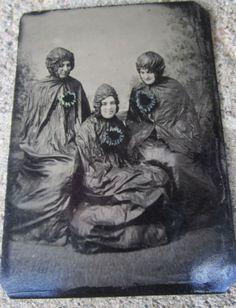 1800s-1-6th-Plate-Tintype-Women-In-Tarps-Strange-Comic-Novelty-Boston-MA