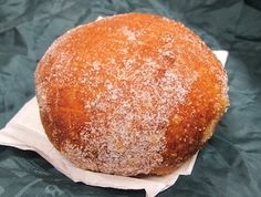 How to Make Malasadas - heavenly Hawaiian donuts - the best on the Big Island come from Baker Tom's just north of Hilo!