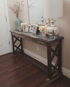 Cool 40 Rustic Farmhouse Entryway Decorating Ideas https://decorapatio.com/2017/08/21/40-rustic-farmhouse-entryway-decorating-ideas/