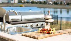 BBQ Season: The Essentials for Your Outdoor Kitchen Design