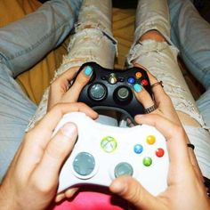 At-Home Date Ideas That Aren't Watching Netflix - Couple Goals Relationships, Relationship Goals Pictures, Couples Playing Video Games, Playstation, Xbox, Video Game Tournaments, Hot Red Lipstick, Gamer Couple, Two Player Games