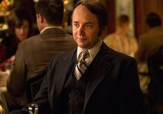 Pete Campbell's hairline keeps getting crazier.