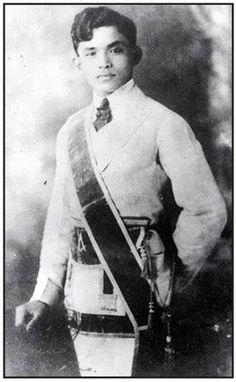 9 Rare Photos Of Dr. Jose Rizal You've Probably Never Seen