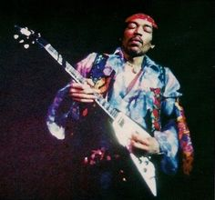 Jimi Hendrix Live, Jimi Hendrix Experience, Electric Ladyland, Psychedelic Music, Fender Stratocaster, Isle Of Wight, Music Icon, Music Artists, Rock N Roll