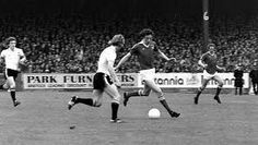 Bristol City 1 Man Utd 2 in March 1979 at Ashton Gate. Jimmy Nicholl closes in on Tom Ritchie #Div1