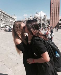Find images and videos about love, lesbian and lgbt on We Heart It - the app to get lost in what you love. Cute Lesbian Couples, Lesbian Pride, Lesbian Love, Cute Couples Goals, Couple Girls, Girls In Love, Girlfriend Goals, Gay Aesthetic, Lesbians Kissing