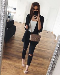 nice office outfits for ladies Cute Casual Outfits, Business Casual Outfits, Professional Outfits, Office Outfits, Stylish Outfits, Office Attire, Mode Outfits, Fashion Outfits, Mode Instagram