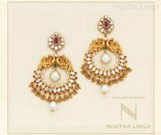 This festive season pair glittering gold jewellery set with a traditional outfit and dazzle everyone. FestivalCollection Gold Diamond NikithaLingaJewellery
