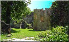Le château fort de Morimont (nommé aussi Moersberg) possède de si belle dentelle de pierre que je sens monter en moi des sentiments romantiques... Vais je devenir un chevalier-poète ?.... Deviendrais je le troubadour nouveau du 21ème siècle ?