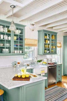 Casa de madeira - Cozinha em tons pastéis
