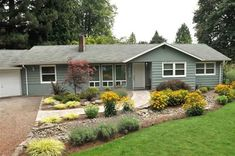 Ranch Style House Landscaped With Shrubs : Outdoor Landscaping Ideas For Ranch Style House