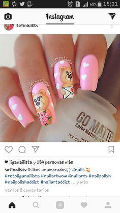 uñas rosa y oso