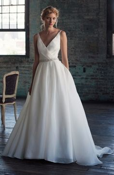 Bridal Gowns: Michelle Roth A-Line Wedding Dress with V-Neck Neckline and Natural Waist Waistline