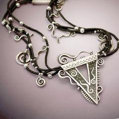 Detail of Inka Dinka Do - Silver, polymer and onyx necklace by Liz Hall