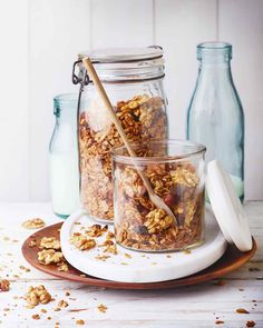 Granola au chocolat, noisettes et noix Brunch, Mason Jars, Nutrition, Healthy, Tableware, Public, Sport, Chocolate Granola, Party Desserts