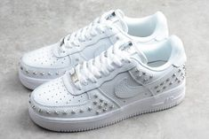 brand new 71e74 a7d05 Buy Wmns Nike Air Force 1 Low Star-Studded White Silver AR0639-100-