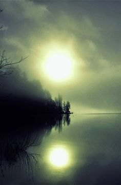 Double+Sunrise,+Sproat+Lake+by+evildoe.jpg (489×750)
